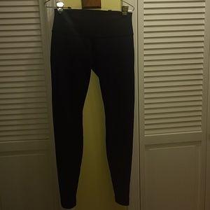 lululemon athletica Pants - Lululemon Wunder Under leggings.